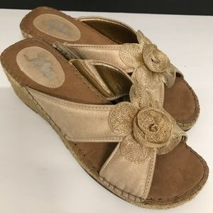 Life Stride espadrille wedge sandal new w/o tags